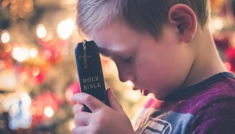 Read Encouraging kids to pray