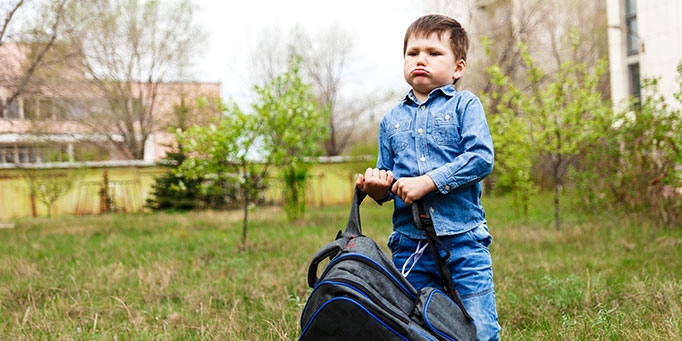 Is their backpack a burden? Parents, you need to know image