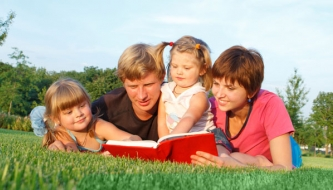 Read The benefits of reading together
